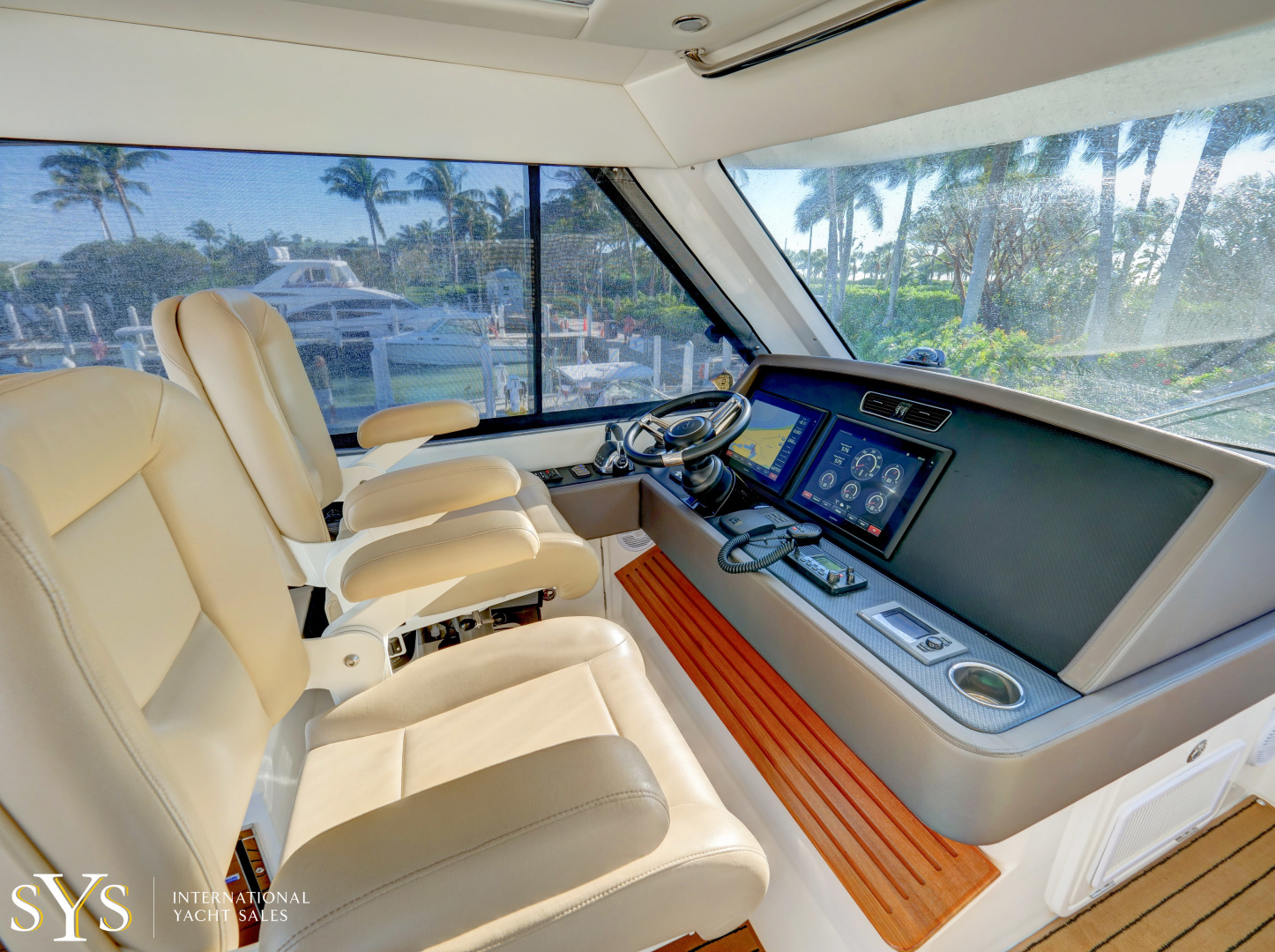 Riviera-Flybridge 2016-Firefly Captiva-Florida-United States-1633660 | Thumbnail