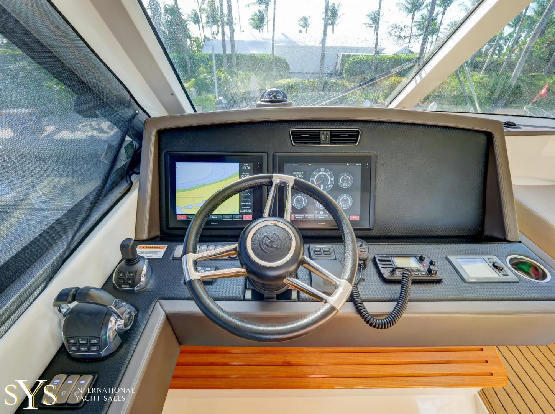 Riviera-Flybridge 2016-Firefly Captiva-Florida-United States-1633662 | Thumbnail