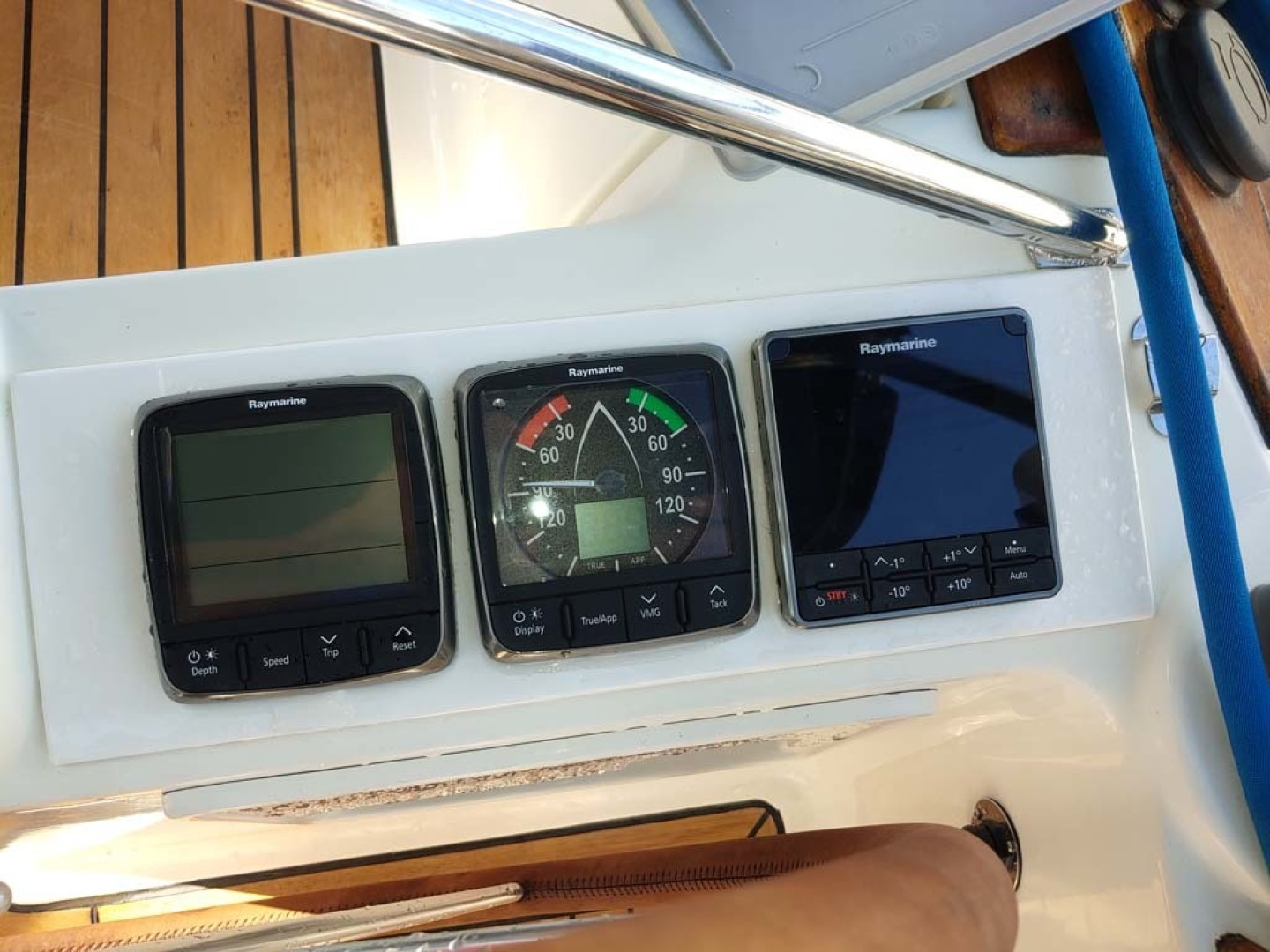 Jeanneau-Sun Odyssey 52.2 2001-Perseverance Hollywood-Florida-United States-Starboard Helm Nav Instruments-1631460 | Thumbnail