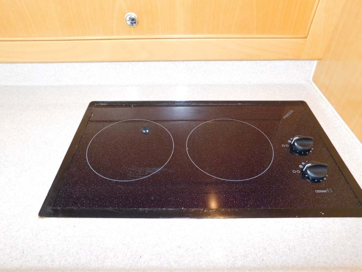 Riviera-Express 2003-Last 1 Cocoa Beach-Florida-United States-Galley Cooktop-1633047 | Thumbnail