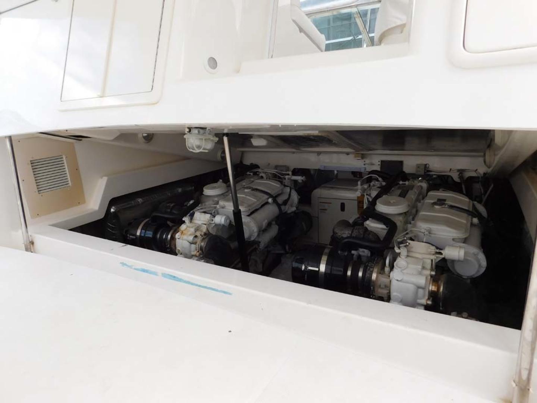 Riviera-Express 2003-Last 1 Cocoa Beach-Florida-United States-Engine Compartment-1633082 | Thumbnail