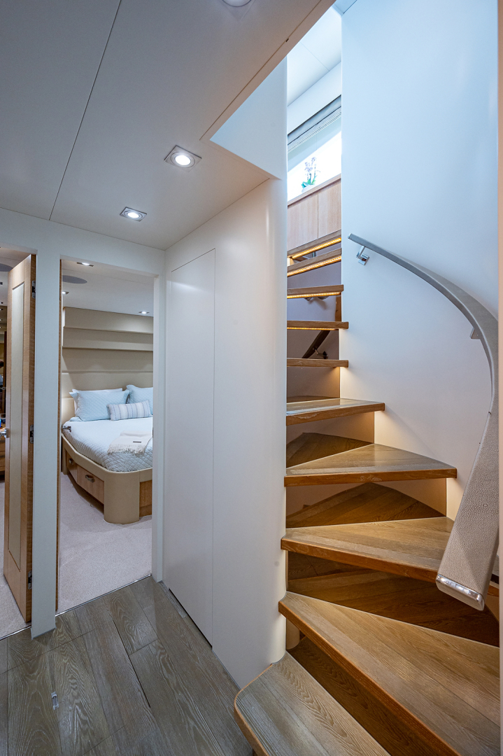 Horizon-RP 110 2014-ANDREA VI Fort Lauderdale-Florida-United States-Stairway to Accommodations-1633558 | Thumbnail