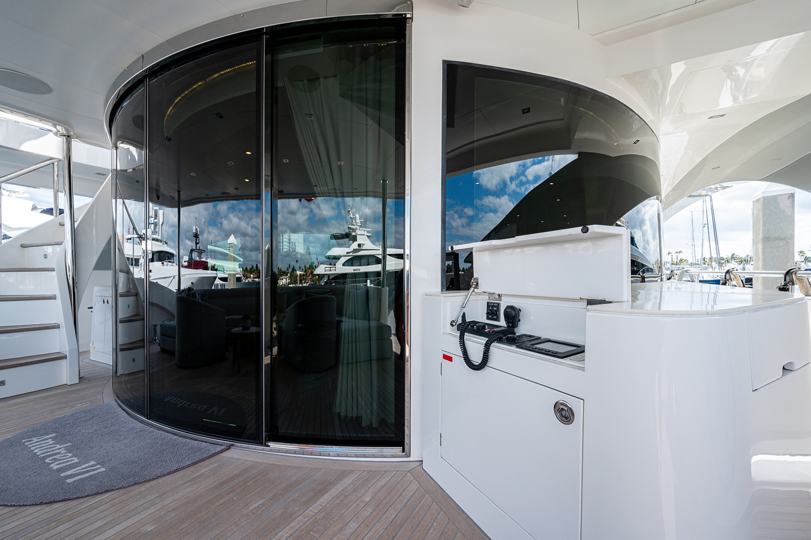 Horizon-RP 110 2014-ANDREA VI Fort Lauderdale-Florida-United States-Aft Deck Entrance to Salon-1633590 | Thumbnail