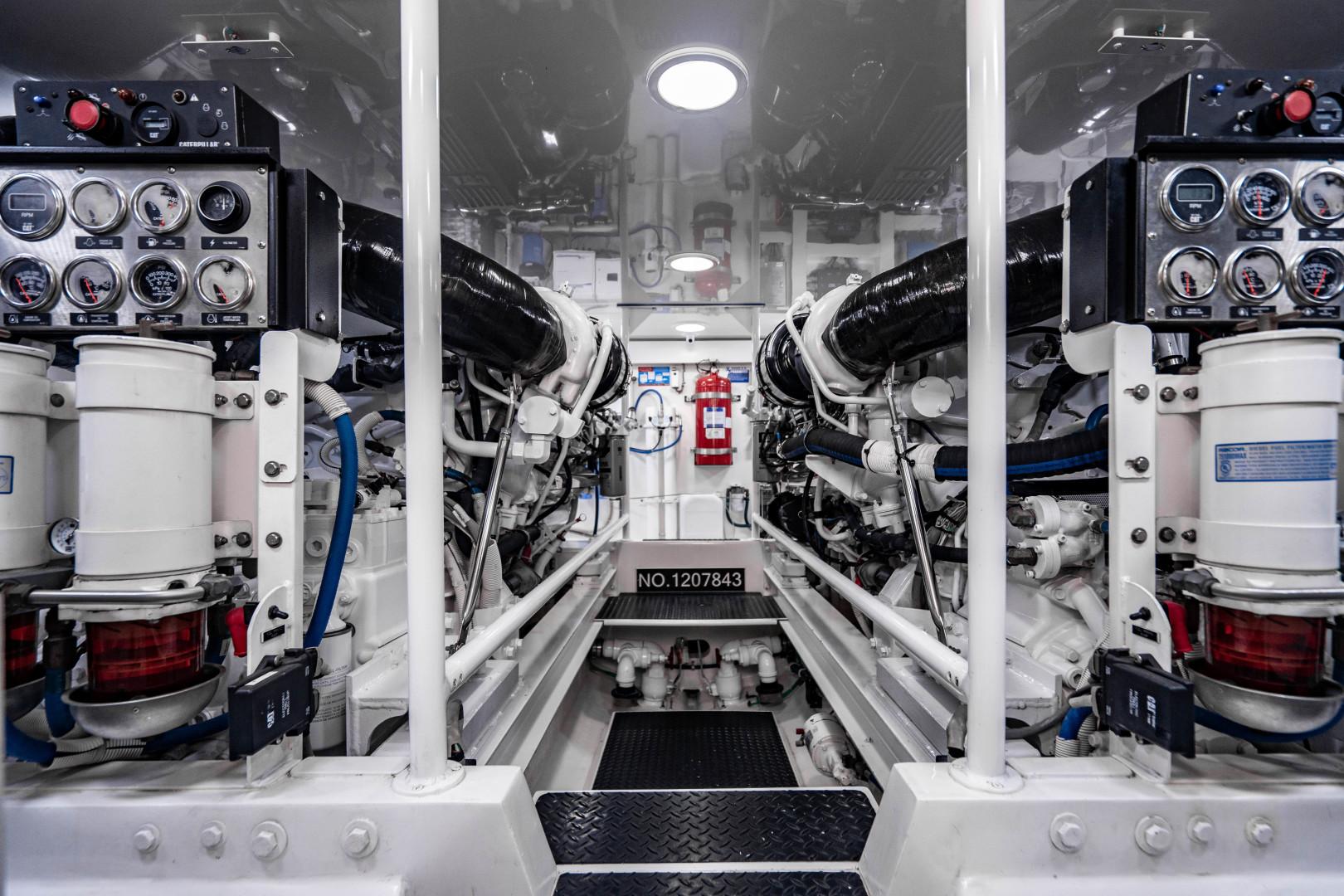 Viking 64 - Engine Room