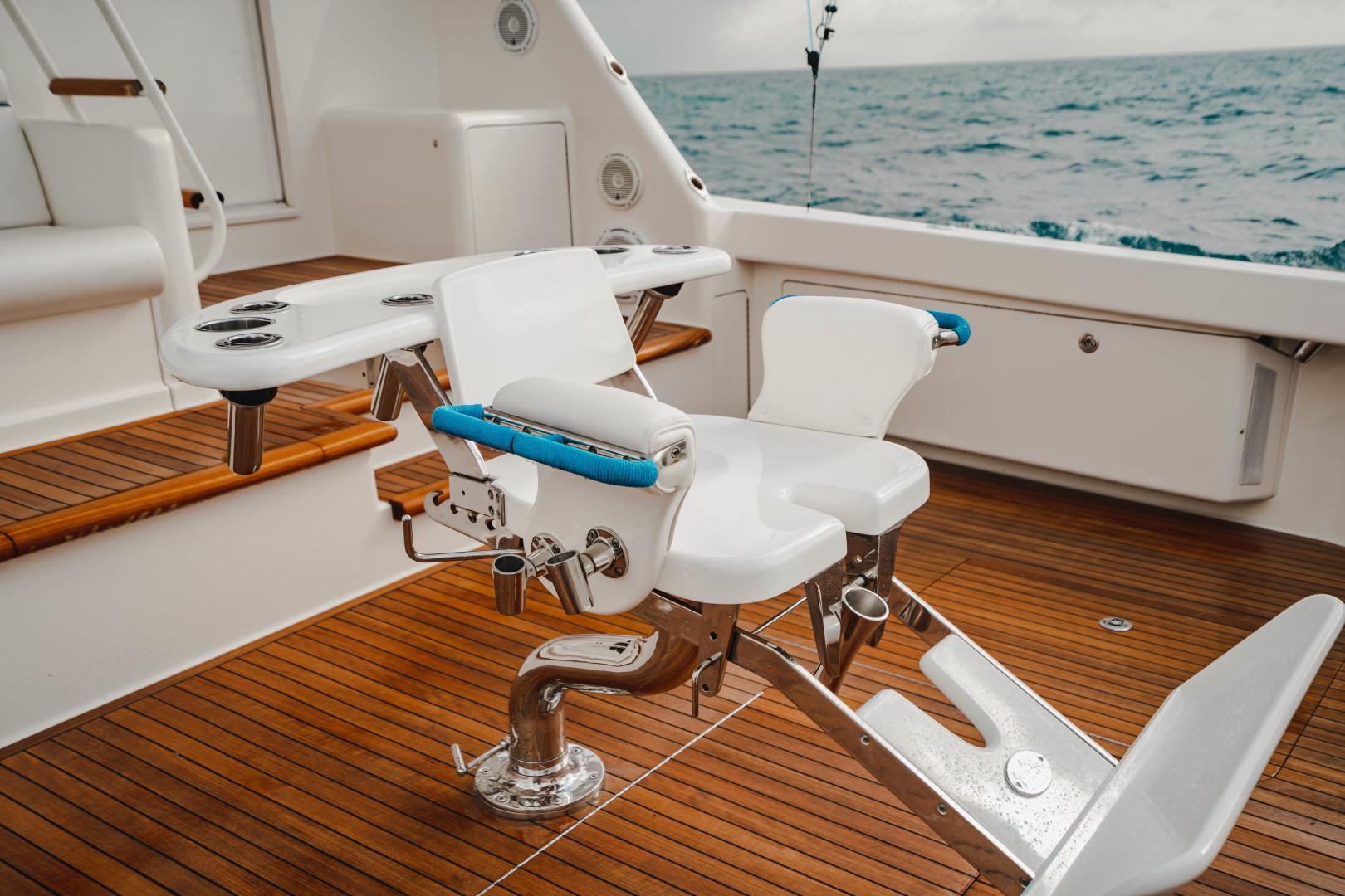 Viking 64 - Enclosed Bridge Cockpit Fighting Chair