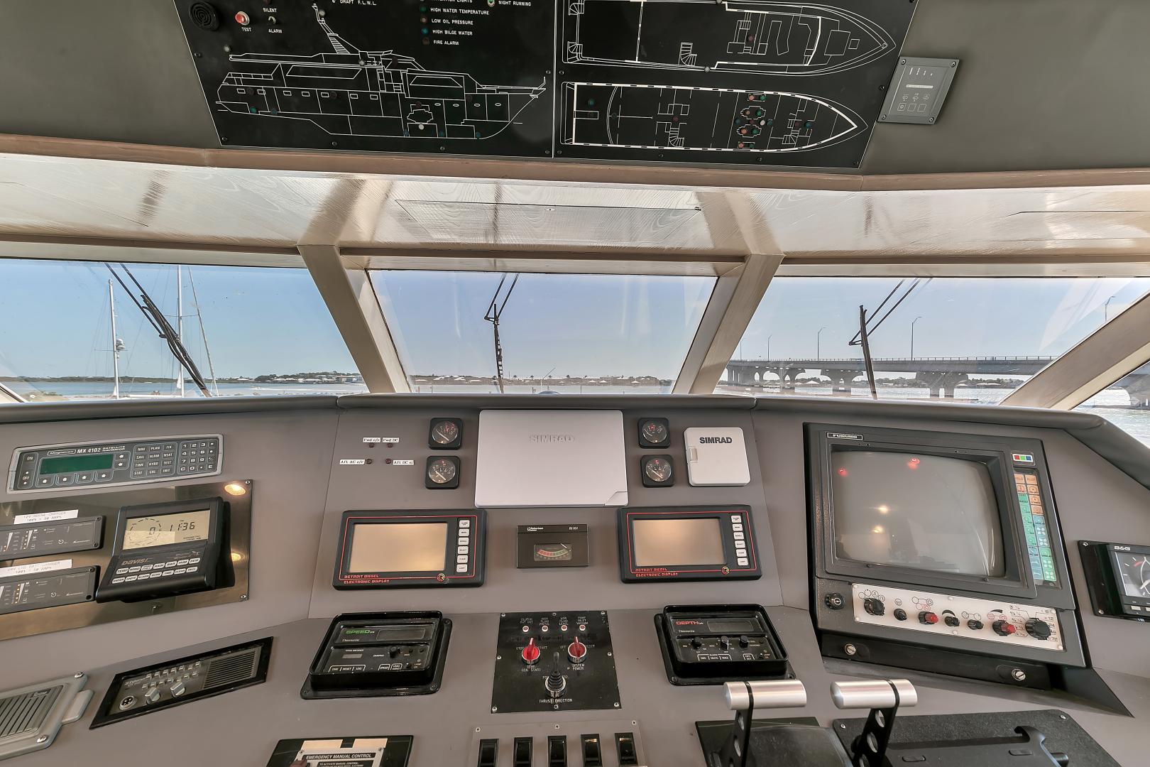 Broward 104 - Pathway - Pilothouse