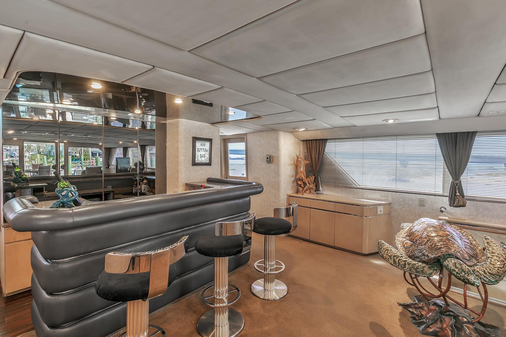 Broward 104 - Pathway - Salon Bar
