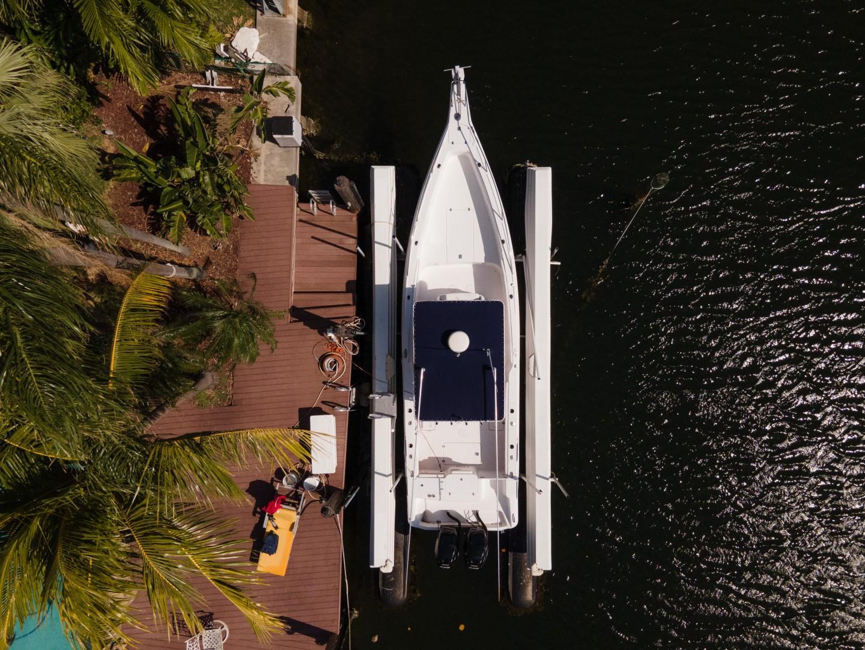 Donzi 35 - Lana - Aerial Profile