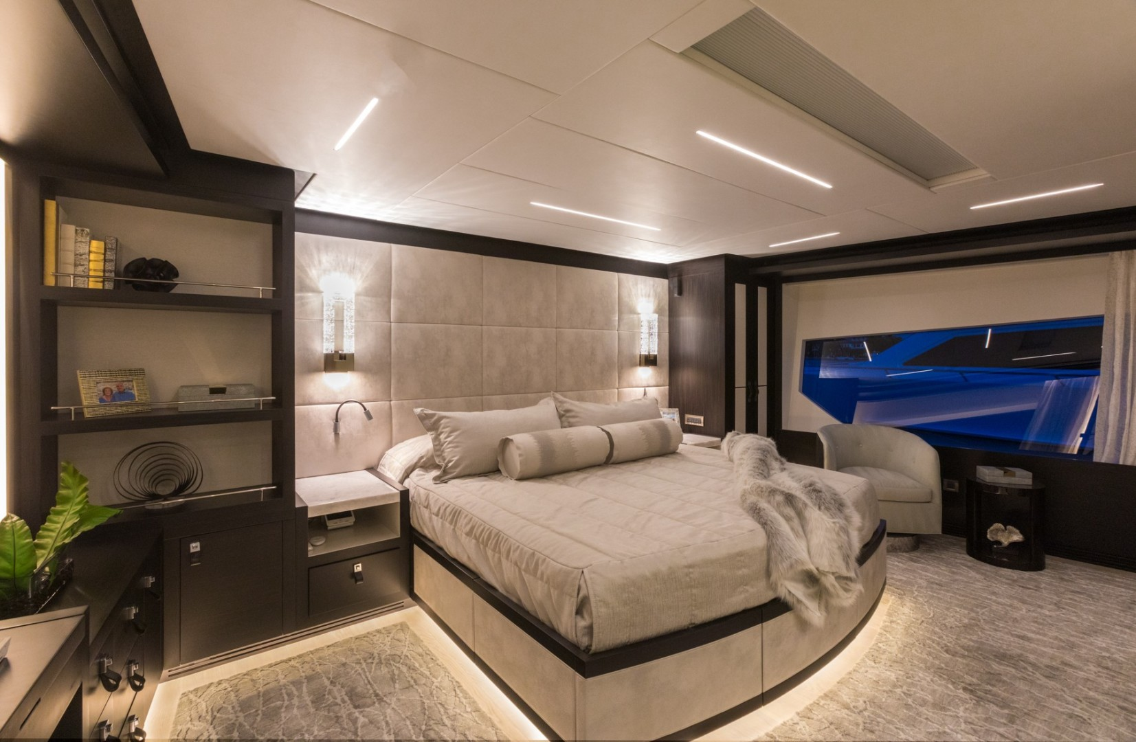 NEW BUILD 92ft Hargrave Yacht For Sale