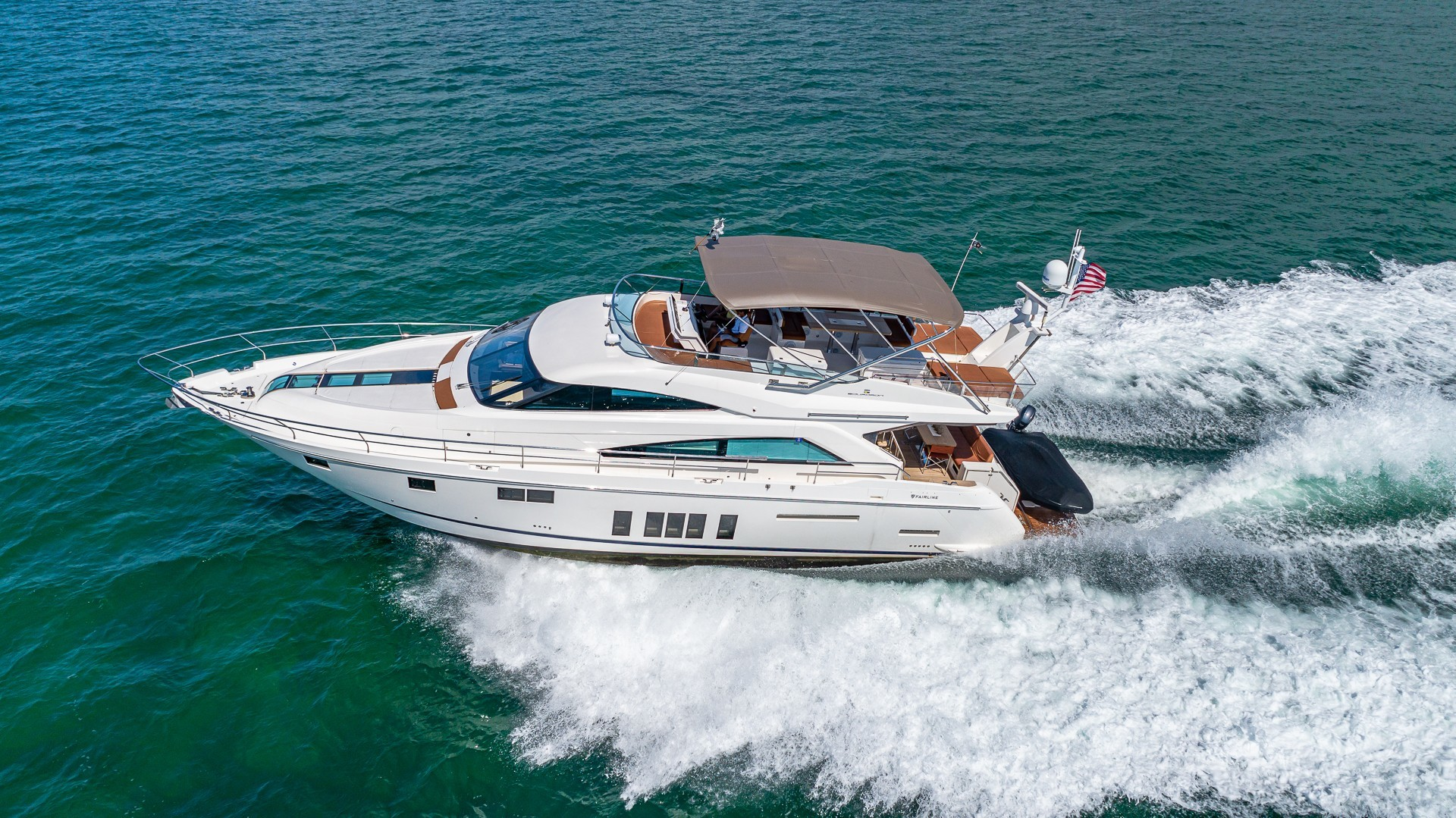 Picture Of a 2015 Fairline 65 Squadron Cruisers   1673314