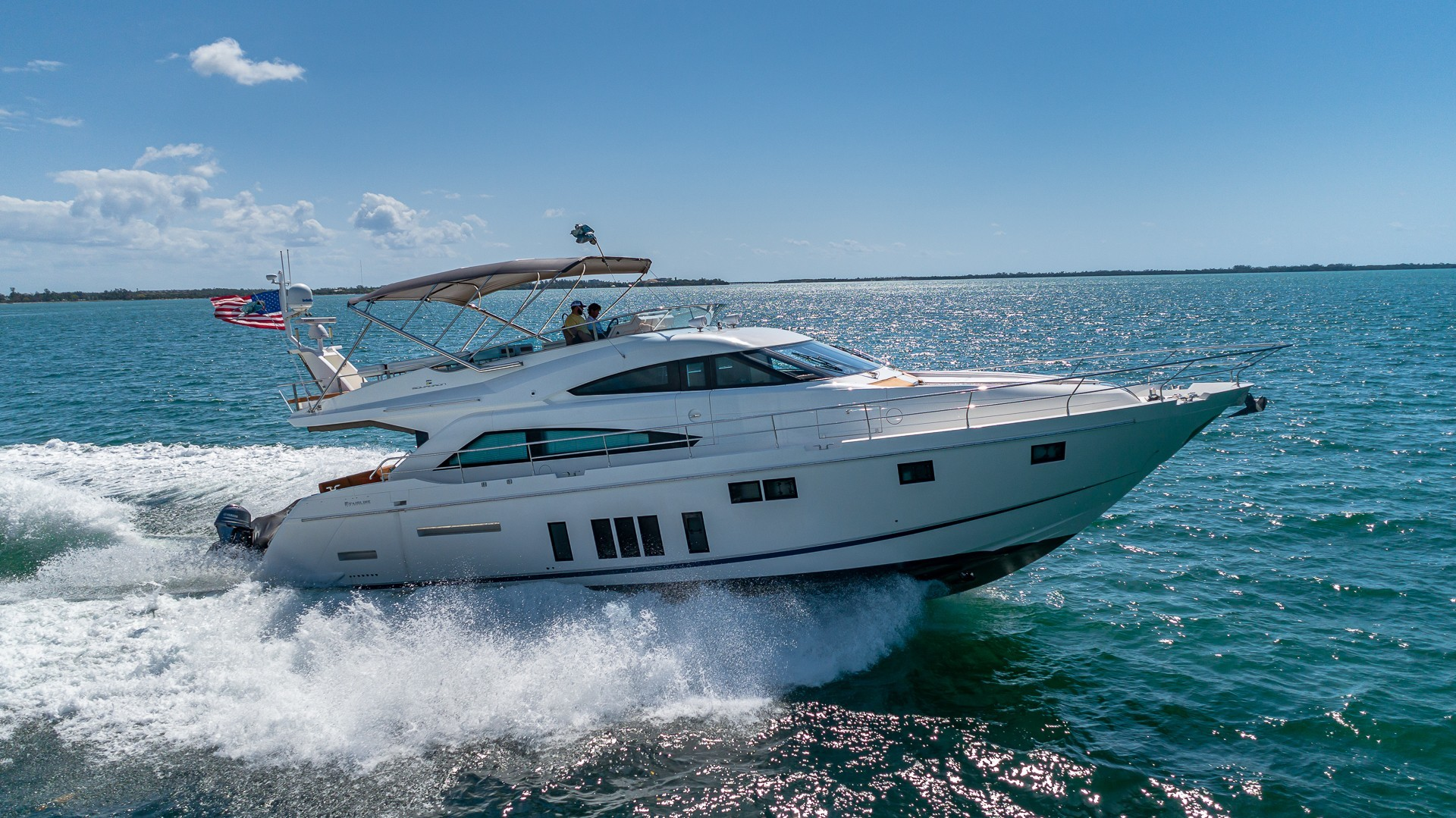 Picture Of a 2015 Fairline 65 Squadron Cruisers   1673295