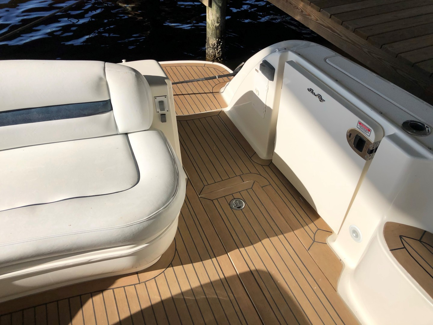 Sea Ray 42 - The Beat Goes On - Transom Entry