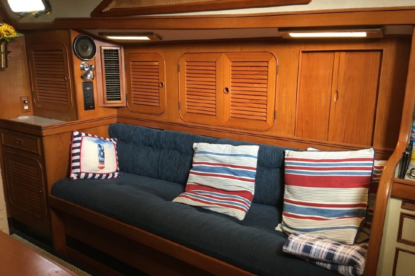 Pigeon Toes IV 44ft Hylas Yacht For Sale