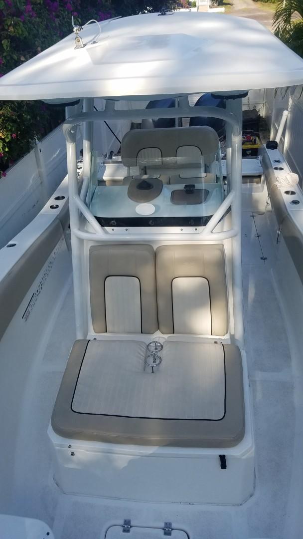 2015 Sea Foc 266 Commander_Bow Seating 3
