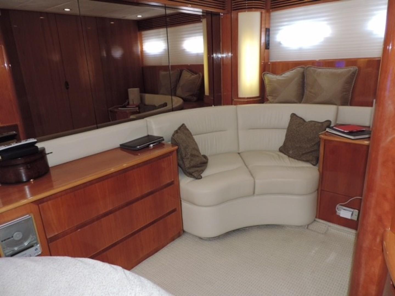 Princess Viking Sport Crusier 65 - Small Change - Master Stateroom