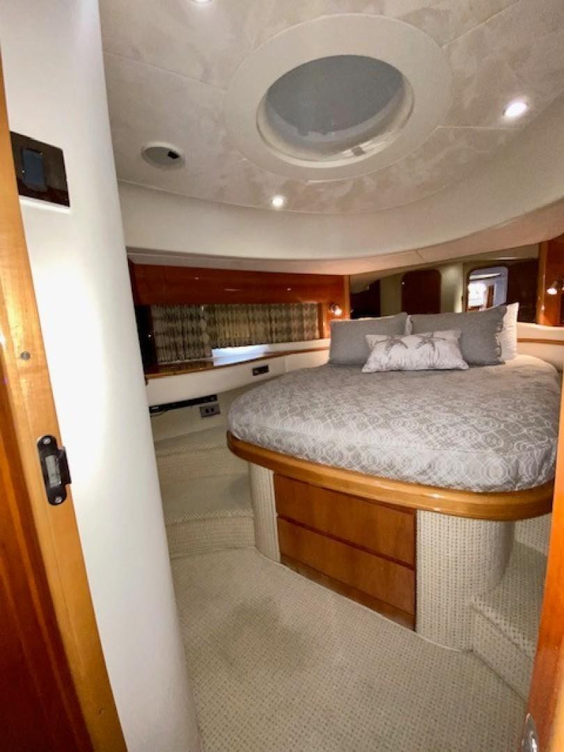 Princess Viking Sport Crusier 65 - Small Change - Forward Stateroom
