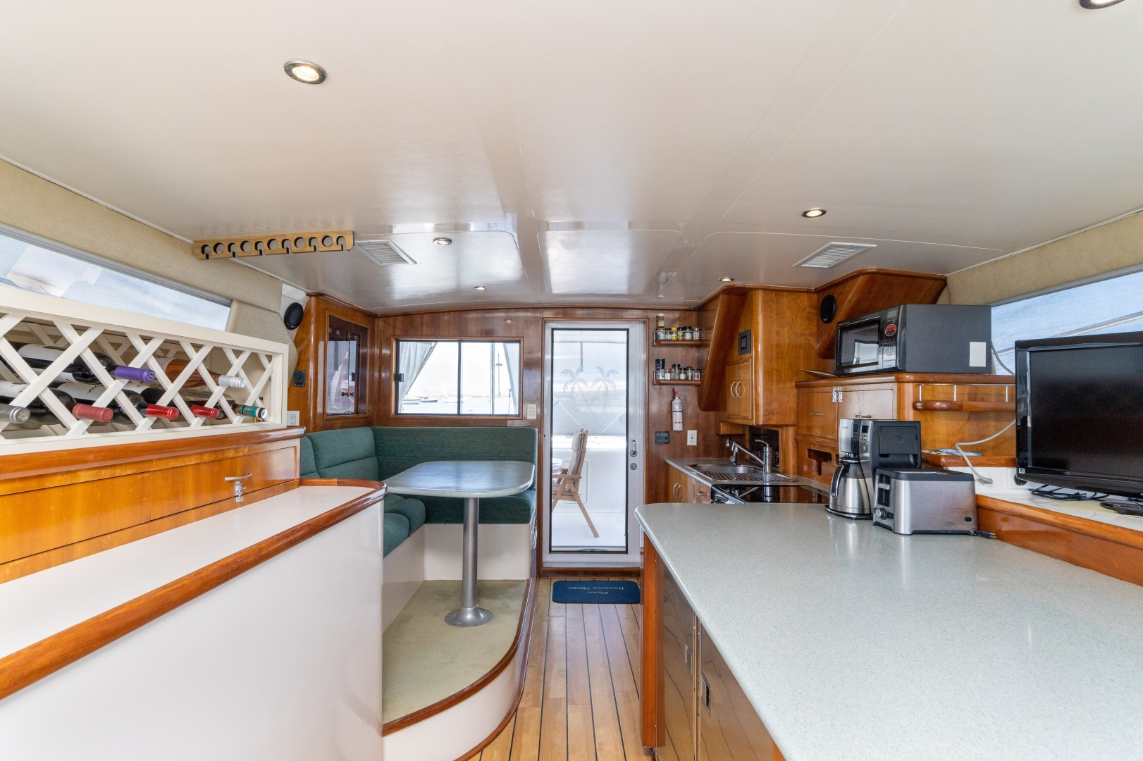 Wright 50 - Peace - Galley