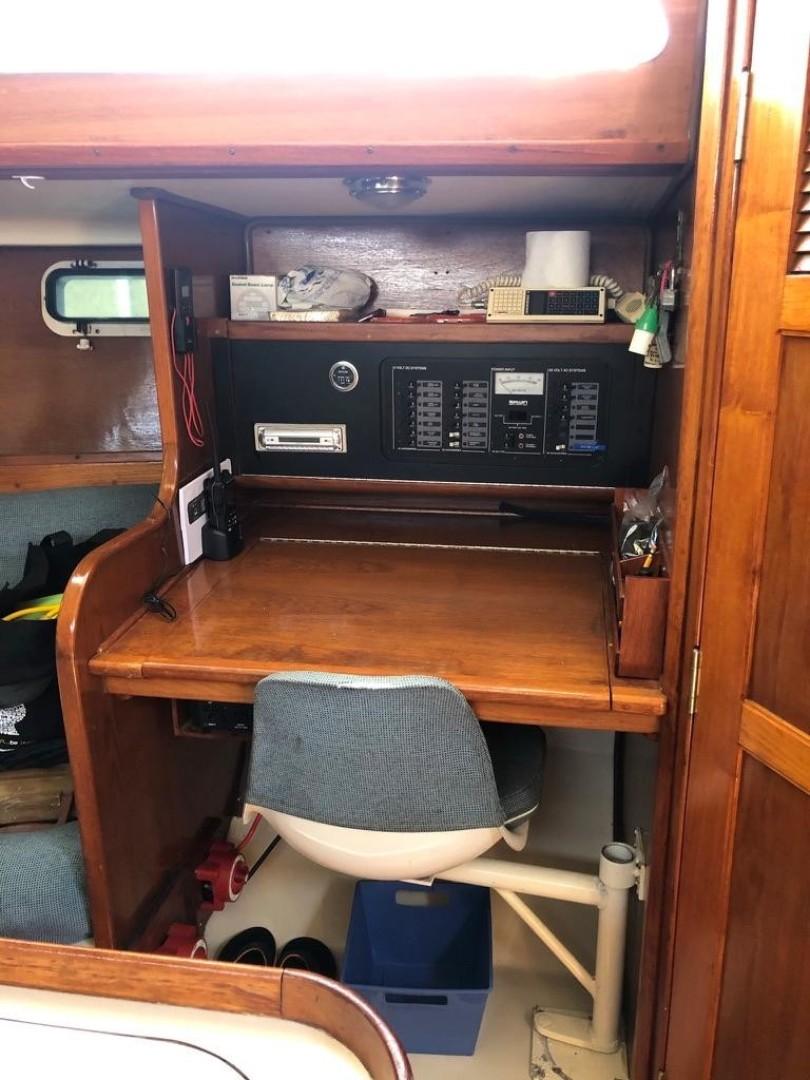 Tala Kino 38ft Irwin Yacht For Sale