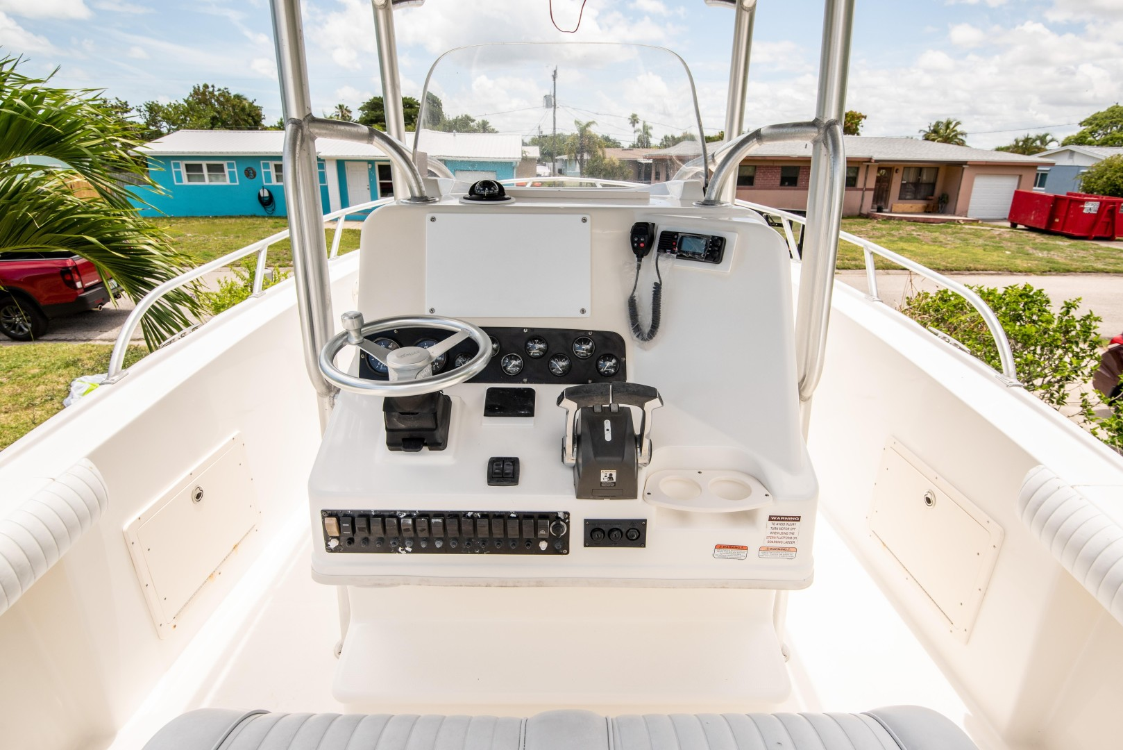 28ft Mako Yacht For Sale