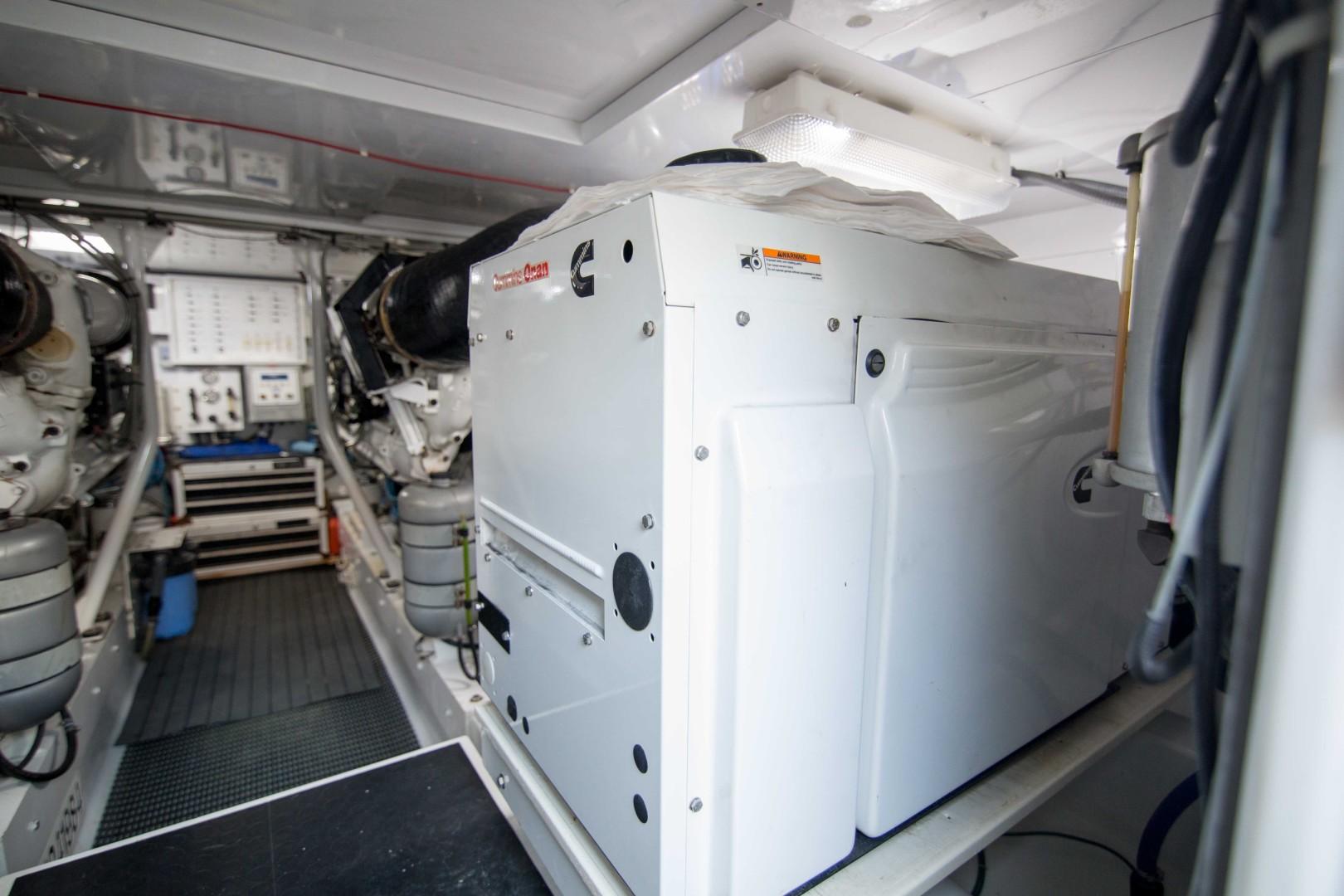 Jim Smith 64 - Michi - Engine Room
