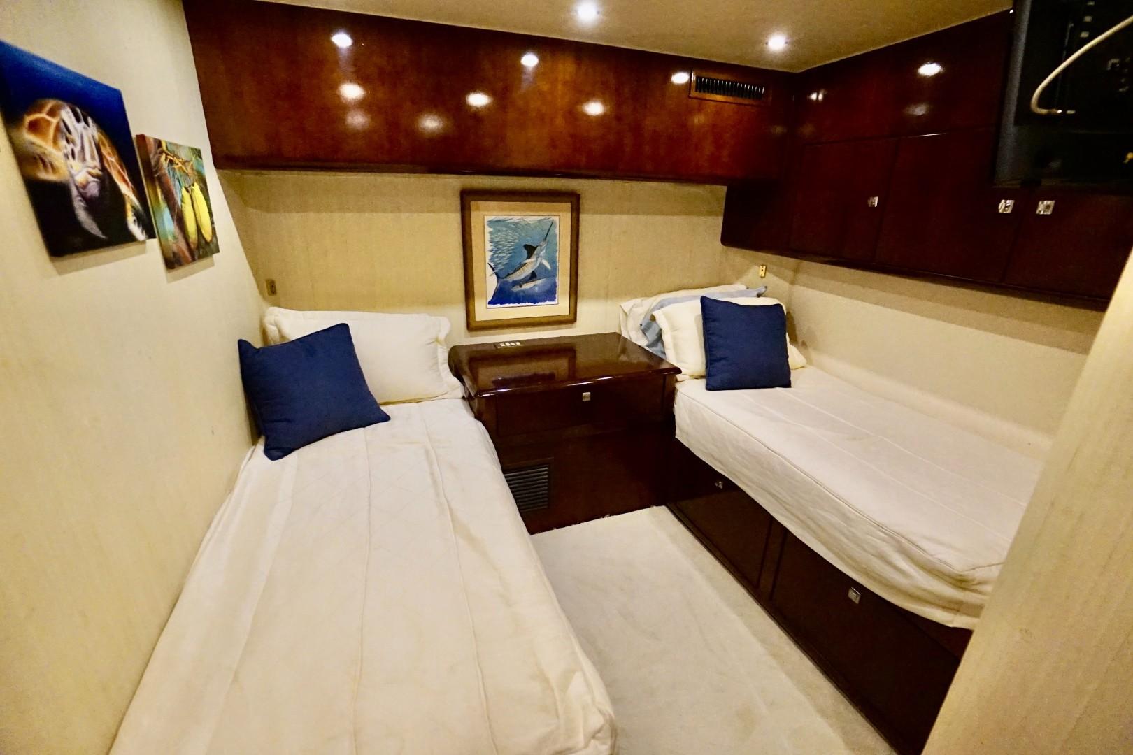 Ocean 73 - Sandra C - Guest Stateroom