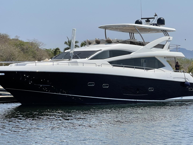 Trainera is a Sunseeker Manhatten 73 Yacht For Sale in Ixtapa--0