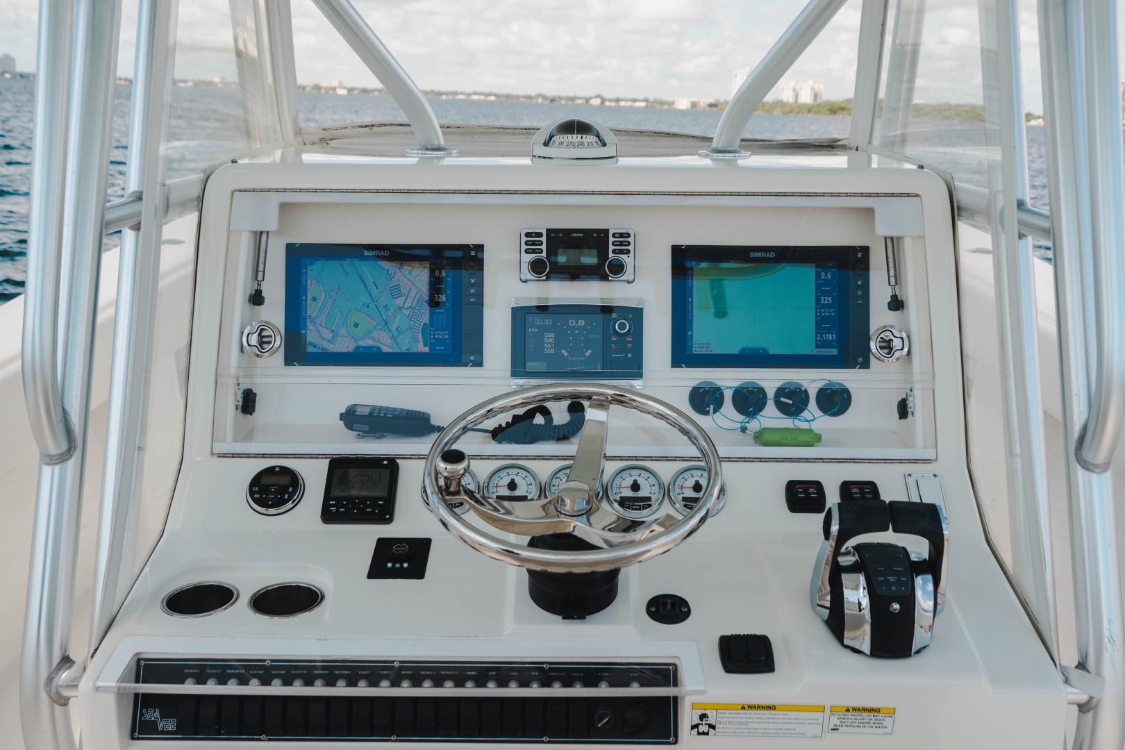 SeaVee 39 - Helm