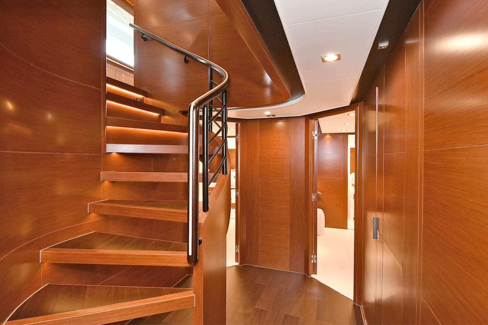 Horizon 110 - Neverland - Stairs