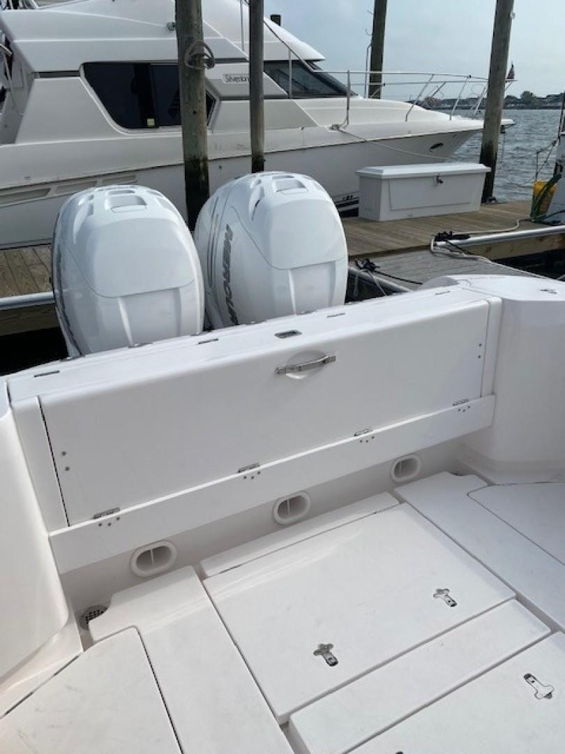 Intrepid 34 - Rear Felding Bench Seat