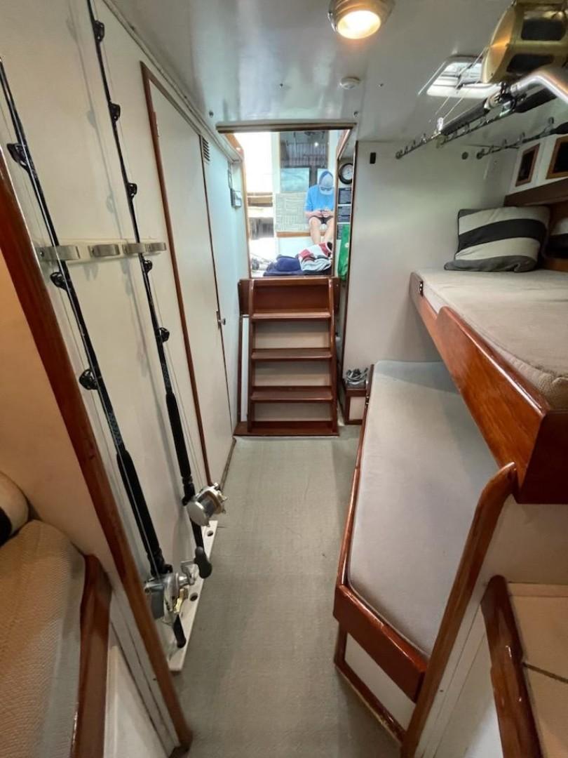 H&H Marine 40 - Hunt & Harvest - Cabins