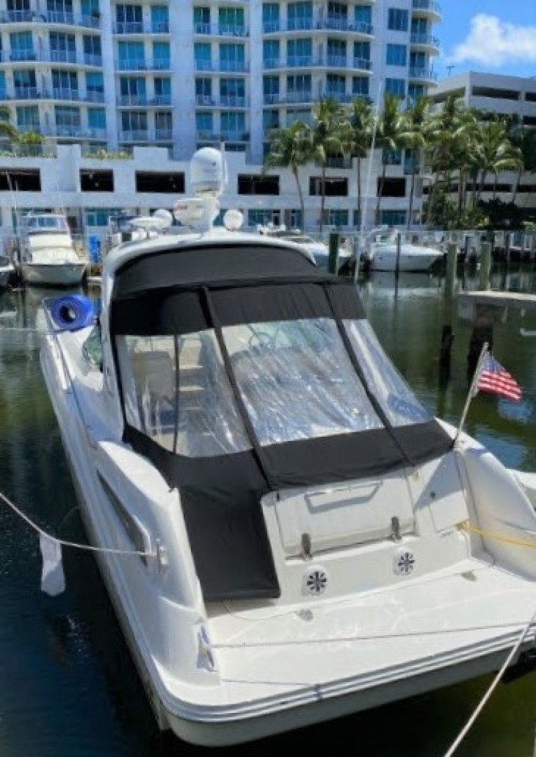 35ft Sea Ray Yacht For Sale