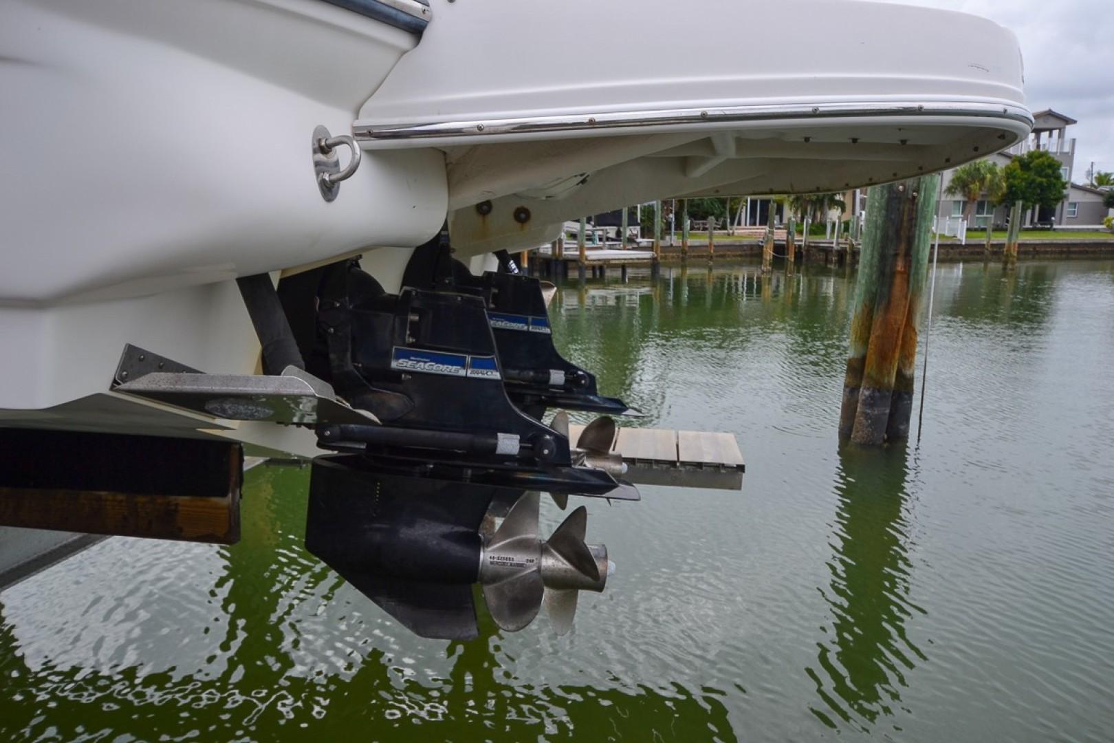 2010 Sea Ray 300 SLX 52