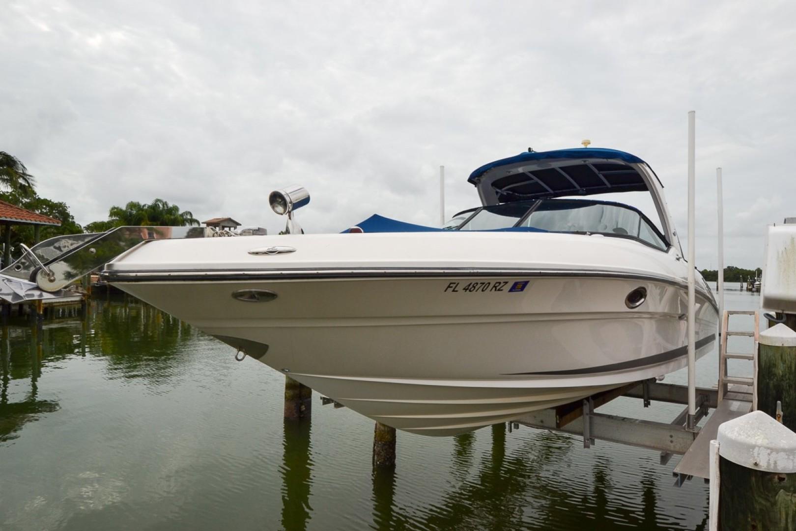 2010 Sea Ray 300 SLX 53