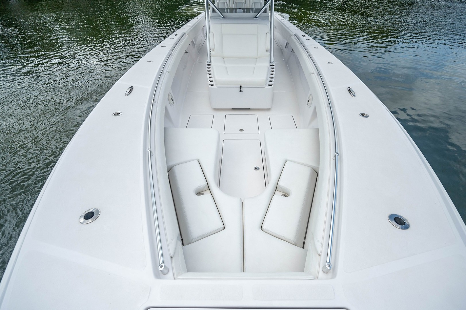SeaHunter 45 - Medium Rare - Bow