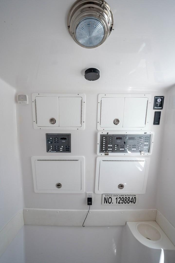 SeaHunter 45 - Medium Rare - Control Panel