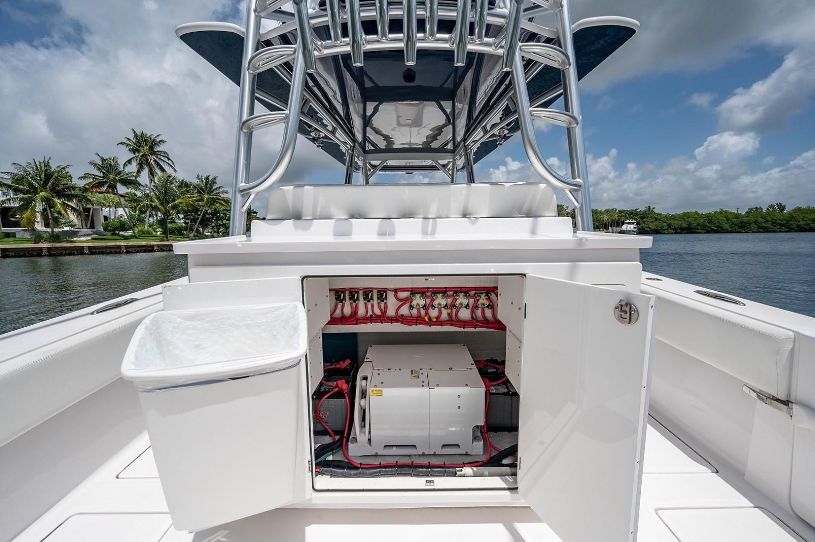 SeaHunter 45 - Medium Rare - Cockpit