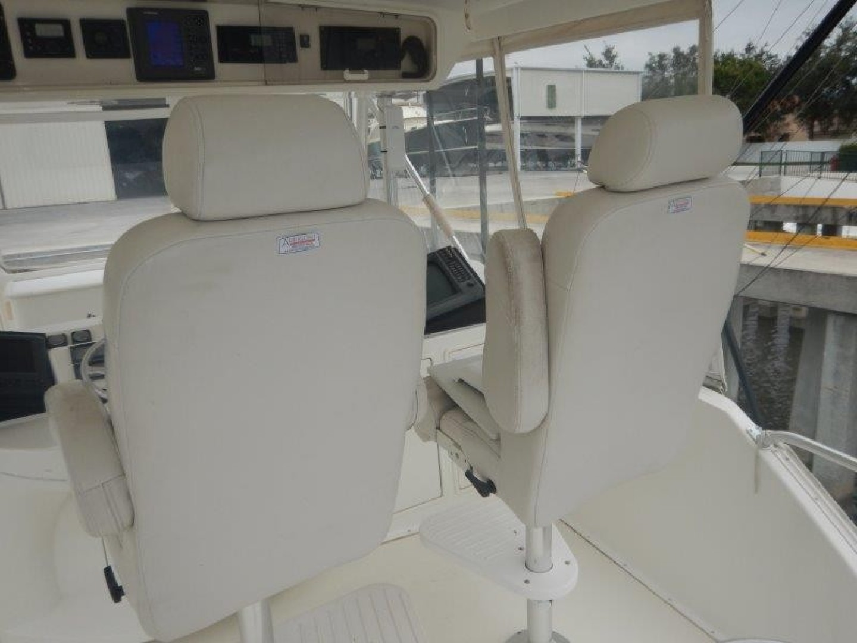 Ocean 56 - Seafood Searcher - Flybridge Seating