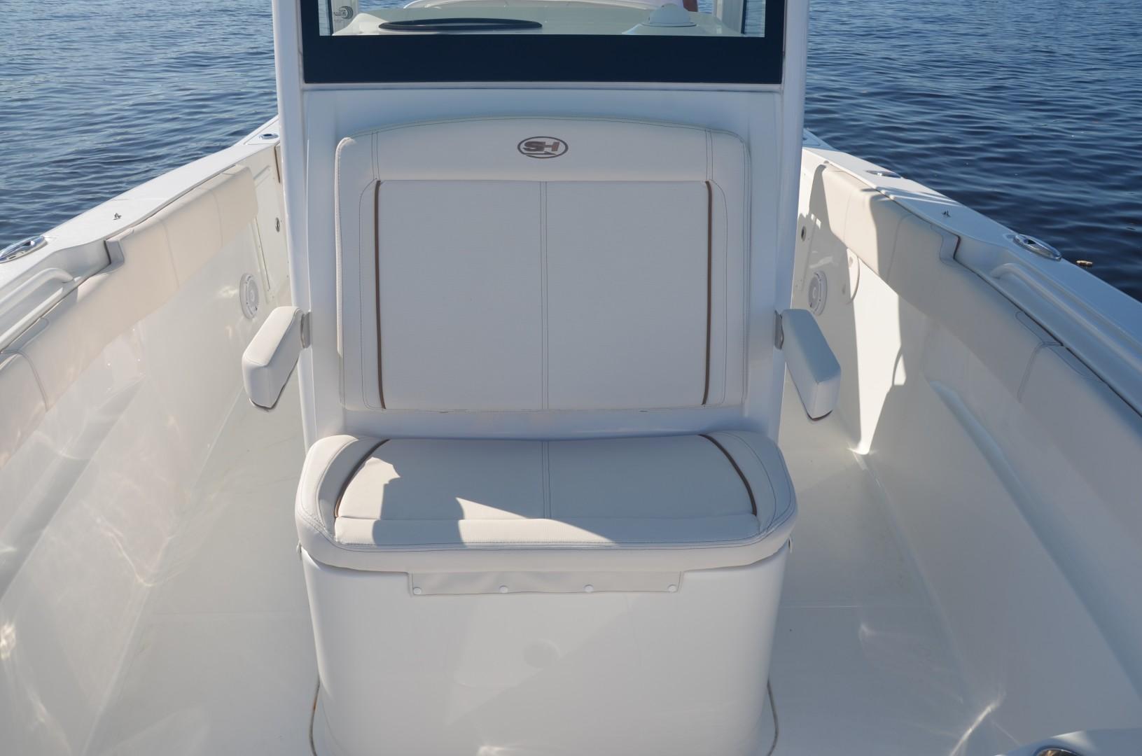 Sea Hunt 30-console seat