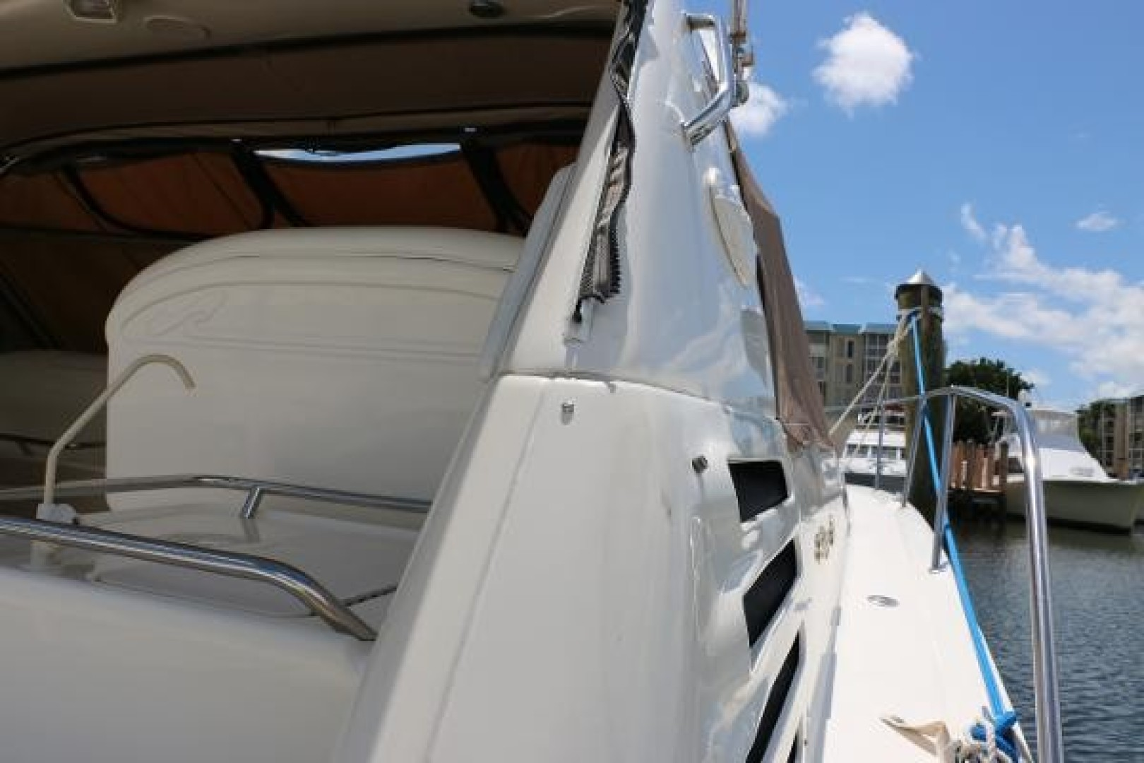 37ft Sea Ray Yacht For Sale