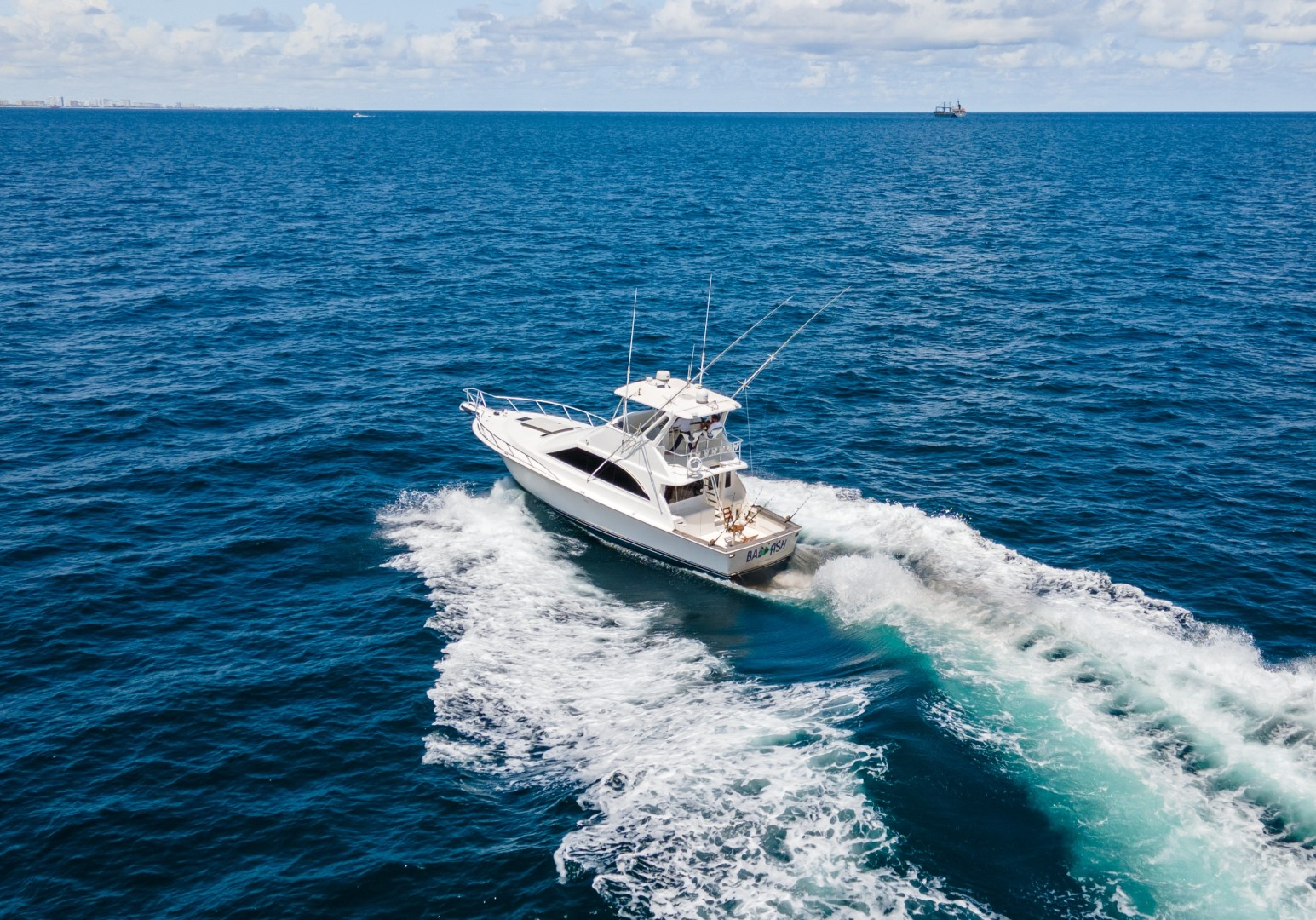 Ocean 48 - Bad Fish - Exterior Profile