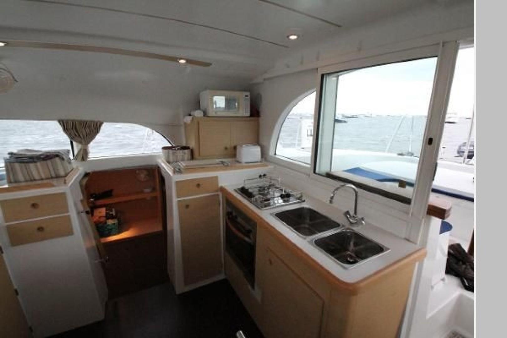 Lola Dos 38ft Lagoon Yacht For Sale