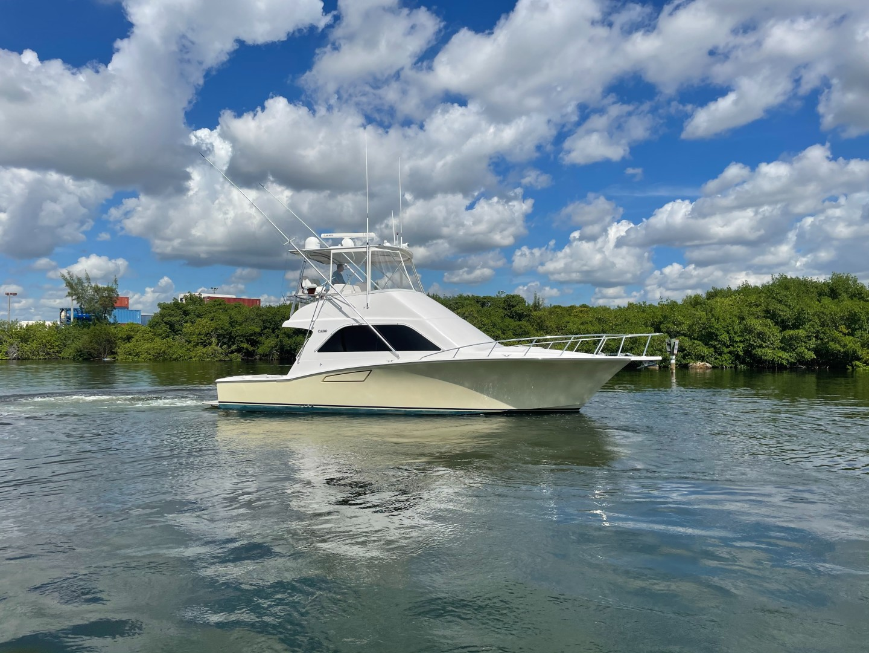 40 Cabo - Manana - Starboard Profile