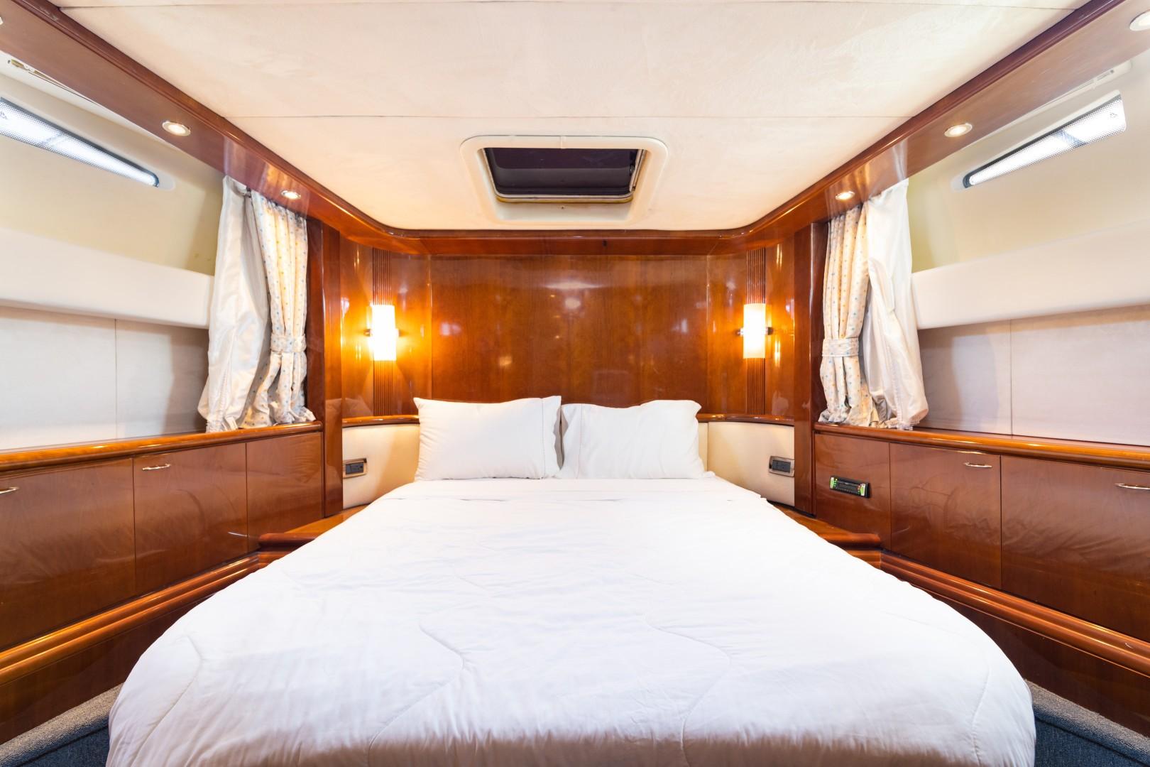Azimut 80 - VIP Stateroom