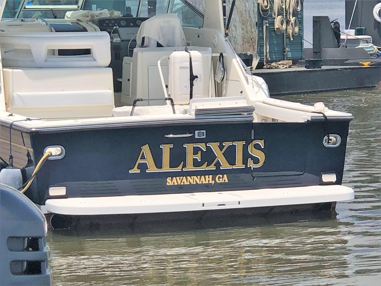Tiara 43 - Alexis - Stern Profile