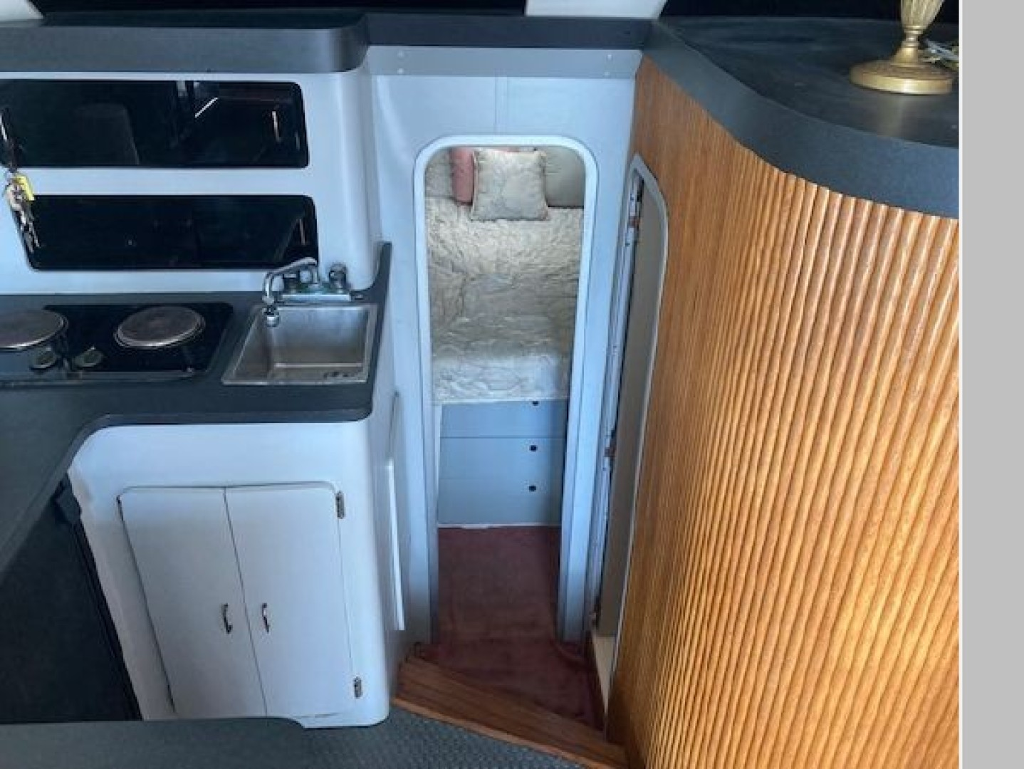 Rant  n Rave 32ft Luhrs Yacht For Sale