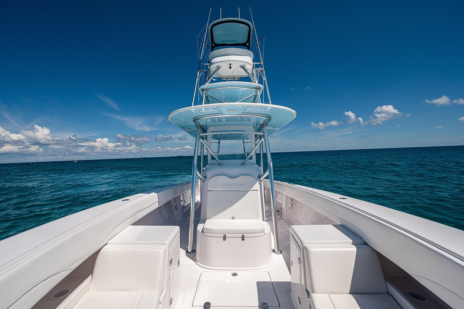 Venture 39-Black and Blue-Bow