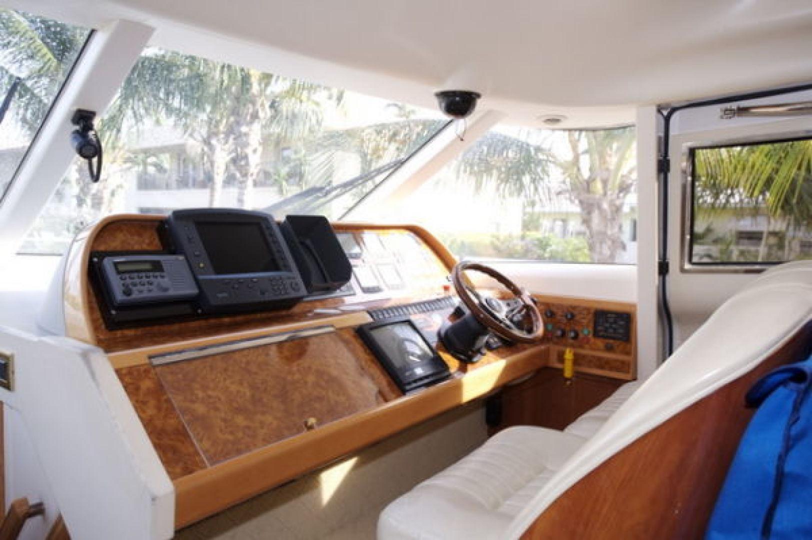 Viking-Sport Cruiser 1999-LADY KARIMAN Fort Lauderdale-Florida-United States-Pilothouse-617597 | Thumbnail