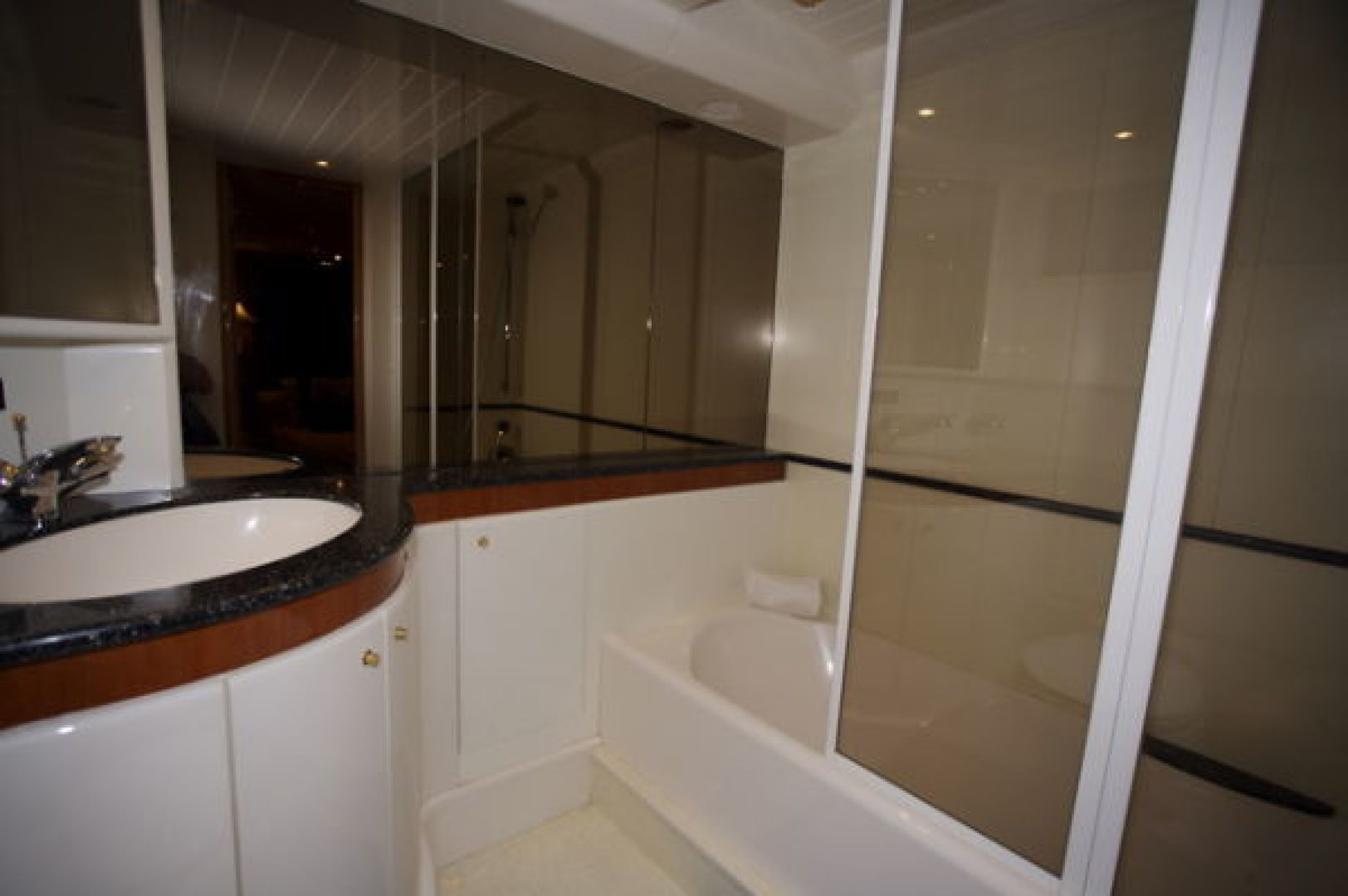 Viking-Sport Cruiser 1999-LADY KARIMAN Fort Lauderdale-Florida-United States-Master Bath-617600 | Thumbnail