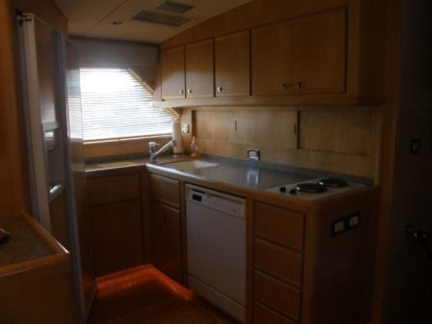 Bertram-Enclosed Flybridge 1997-Off Season Miami-United States-Galley-435859 | Thumbnail