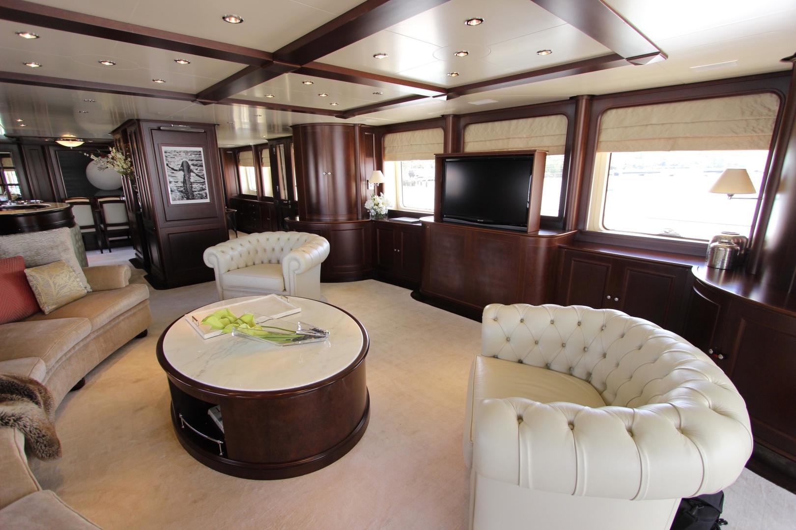 Benetti-Classic 115 2005 -Unknown-Florida-United States-2005 BENETTI 115 FOR SALE-600161 | Thumbnail